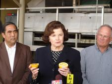 Senator Feinstein visits Exeter, Calif., to highlight the need for federal relief to assist farmers impacted by the January freeze.